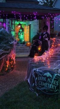 1000+ ideas about Outdoor Halloween Decorations on