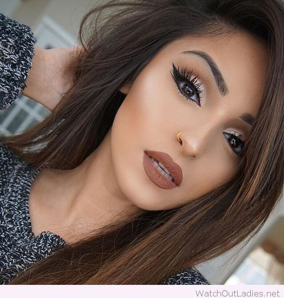Awesome Brown Hair And Make Up Love Her Golden Detail Eye Makeup
