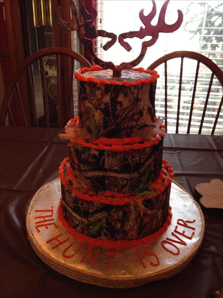 Realtree wedding cake  Nikkis goodies  Pinterest  The ojays Wedding and Hunts
