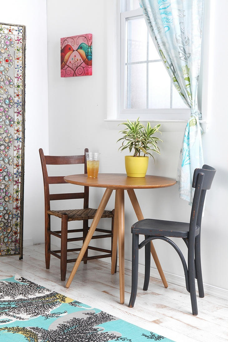 1000 ideas about Bistro Tables on Pinterest  French Bistro Chairs Black And Blue Restaurant