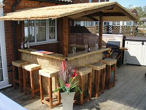 The 25 Best Ideas About Outdoor Bars On Pinterest Patio Bar