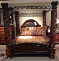 King canopy bed http://www.miskellys.com/ I have a friend ...