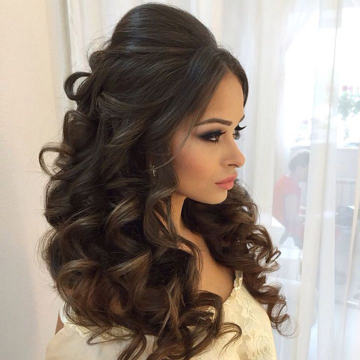 Best 25 Loose Curls Wedding Ideas On Pinterest Long Braids