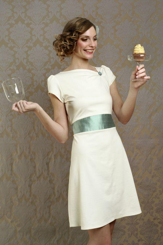 25 Best Ideas About Kleid Standesamt Braut On Pinterest