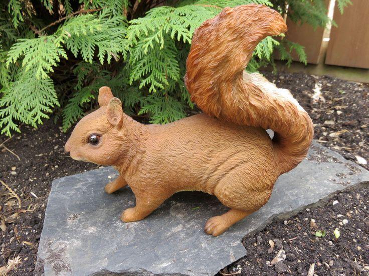 squirrel lawn ornament