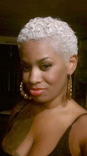 platinum blonde sisterlocks 186