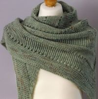 25+ Best Ideas about Knit Shawl Patterns on Pinterest ...