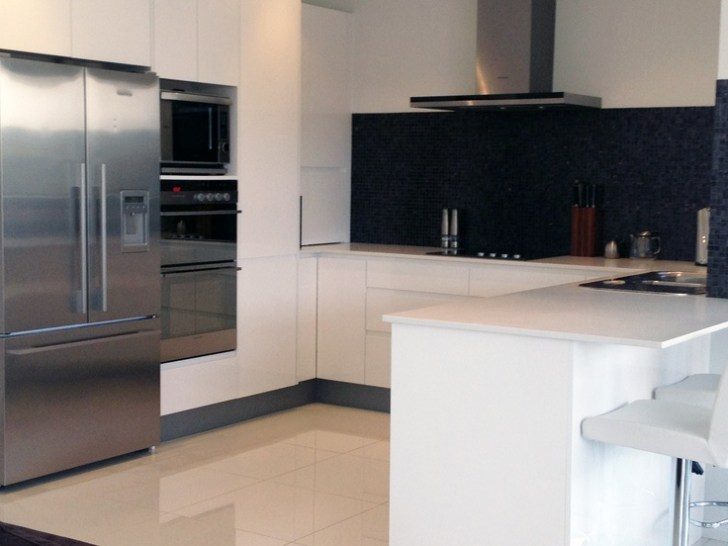 Kitchen Handless Tow Pack White Cabinets Benchtop Caesarstone
