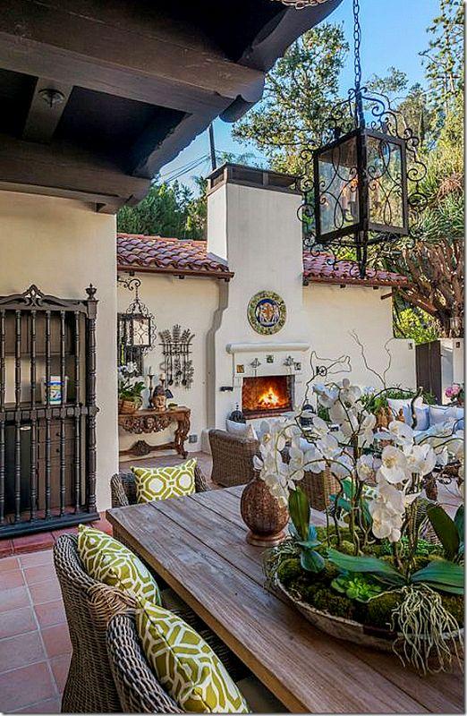 1000 ideas about Spanish Courtyard on Pinterest  Spanish Style Slate Flooring and Spanish