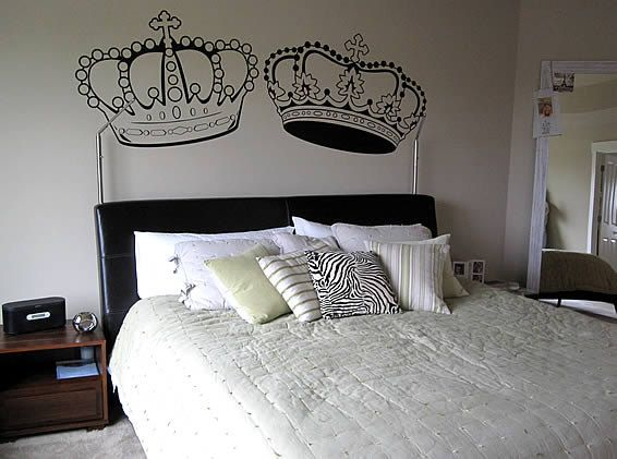 King and Queen Crown wall decal by FASTDESIGNS on Etsy