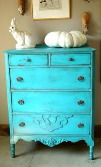 1000+ ideas about Blue Distressed Furniture on Pinterest ...