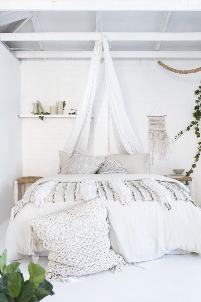 1000 ideas about White Bedroom Curtains on Pinterest  Bedroom curtains Hanging curtains and