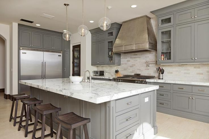 Stunning L Shaped Kitchen With Gray Ceiling Height