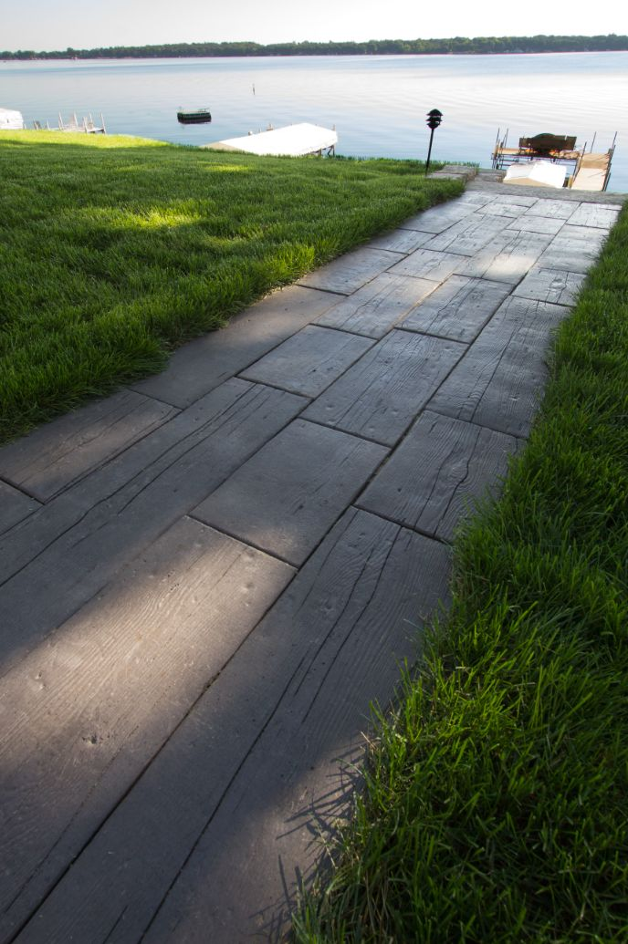 Barn Plank Landscape Tile Pathway To The Lake Www