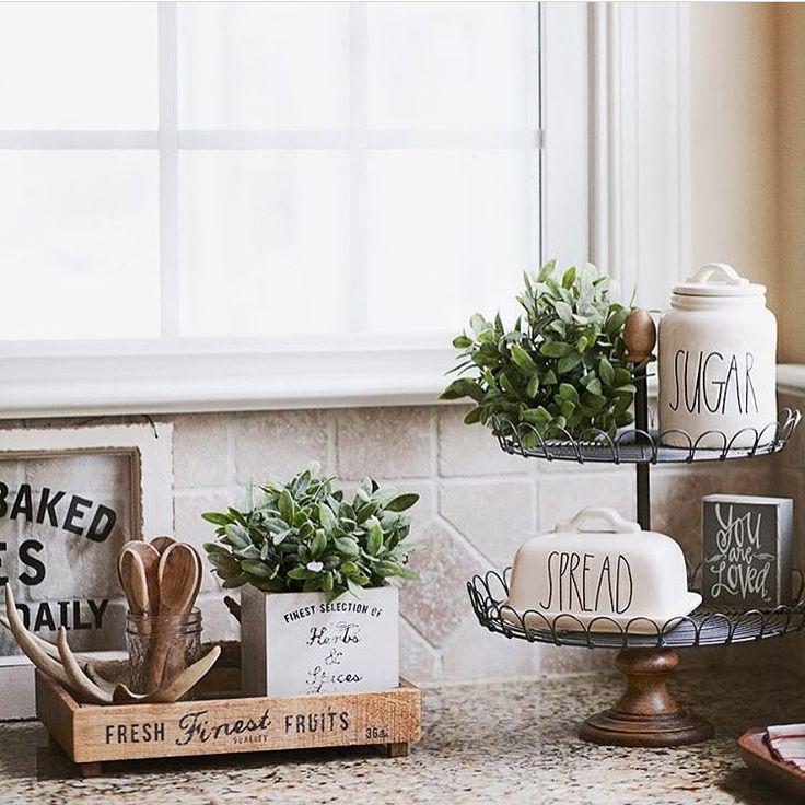 25+ Best Ideas about Kitchen Staging on Pinterest