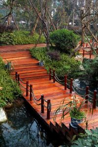 Best 20+ Garden Bridge ideas on Pinterest | Pallet bridge ...
