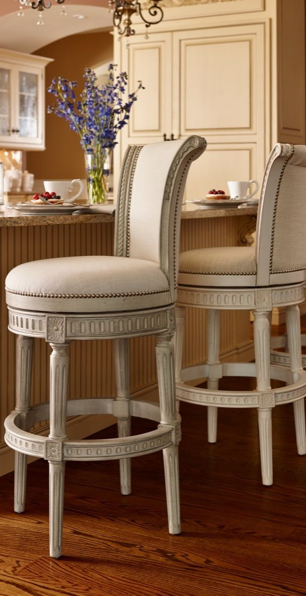 Enhanced With Elegant Details And Individually Applied Nailhead Trim Manchesters Solid Birch
