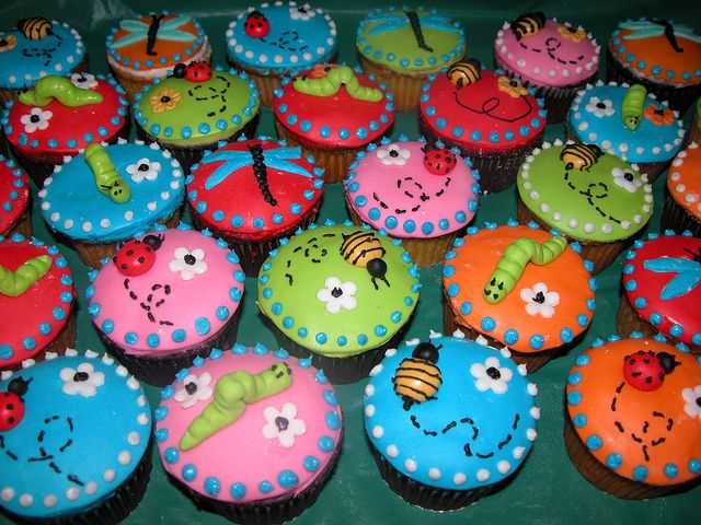 Worms Dirt Cake Cupcakes Gummy