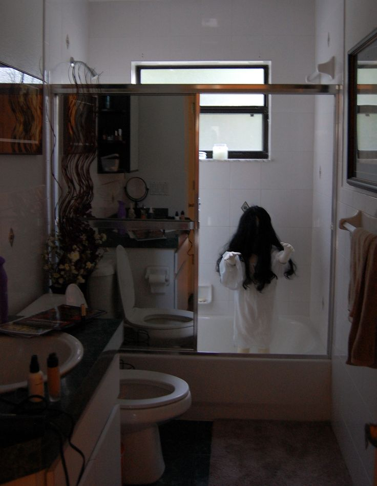 Demon Child Halloween Bathroom Decoration