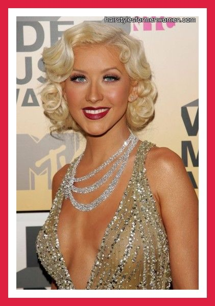 Christina Aguilera Retro Hairstyle Beautiful The Ojays