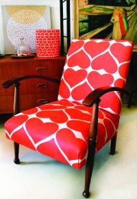 New Home Interior Design: Love The Chair