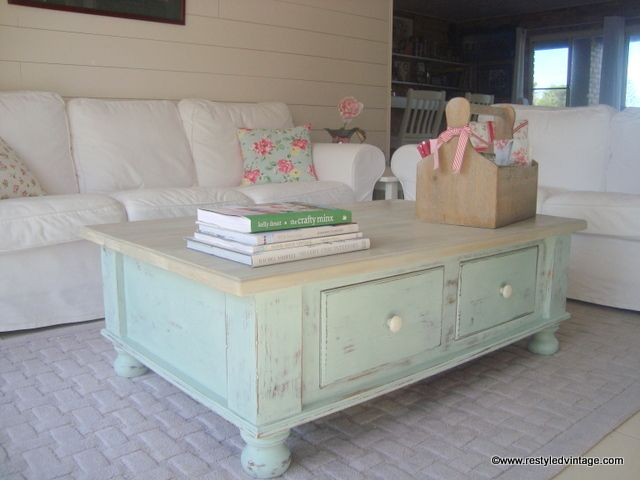 25+ Best Ideas About Distressed Coffee Tables On Pinterest
