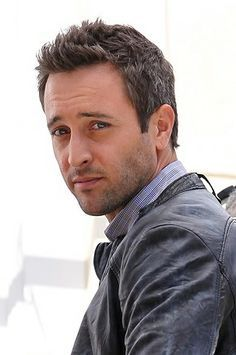 "8 Best Images About Sexy ""Alex O'Loughlin"" On Pinterest Fall Tv"