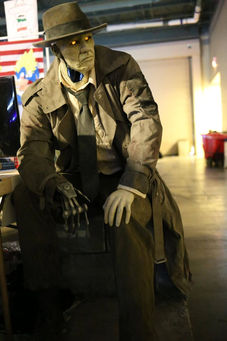 Nick Valentine Case Mod Fallout And Cosplay