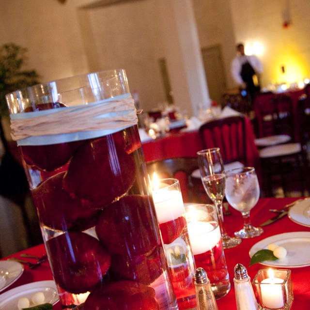 Red Apple Centerpiece Weddings And Things Pinterest