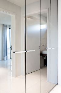 Bright and luminous, apartment by T18 with mirror ...