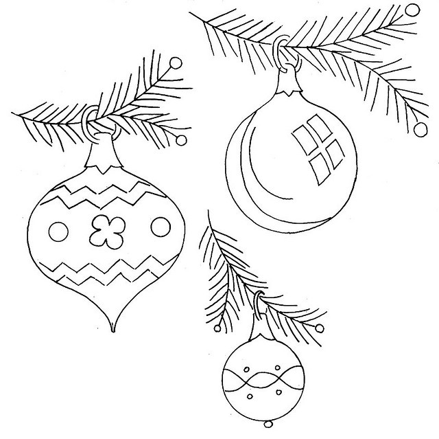 Xmas Tree Vintage Ornaments Coloring Pages