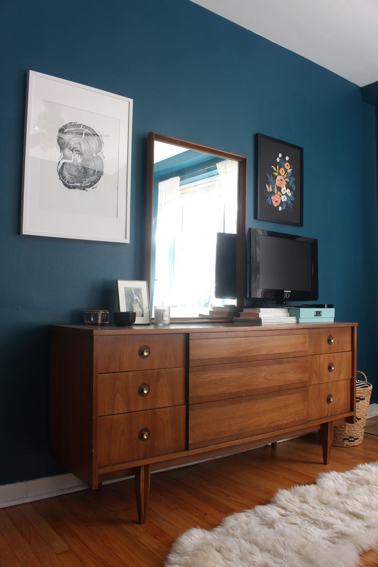 best paint color for living room with brown furniture big sofa small 25+ ideas about white wall bedroom on pinterest ...