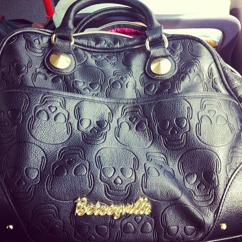 Betseyville bag with skulls- NEED