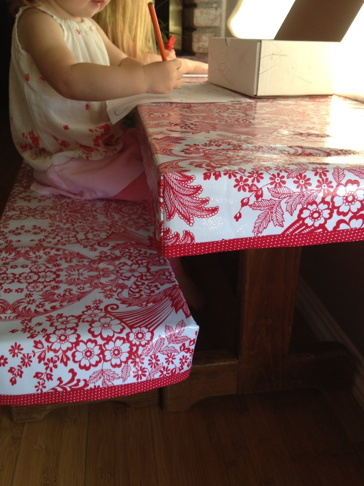 fitted chair covers for cheap wood chairs 25+ best ideas about plastic table on pinterest | party cloths, tables and ...