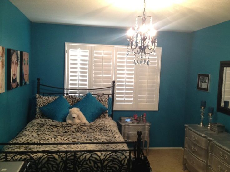 Teen Girl Bedroom One Wall Wallpaper 17 Best Ideas About Teal Bedroom Furniture On Pinterest