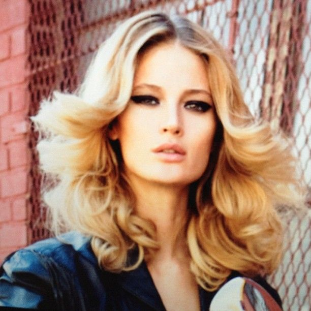 25 Best Ideas About 70s Hairstyles On Pinterest 70s Hair 1970