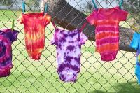 iLoveToCreate Blog: Throw a Tie Dye Onesie Party at your ...