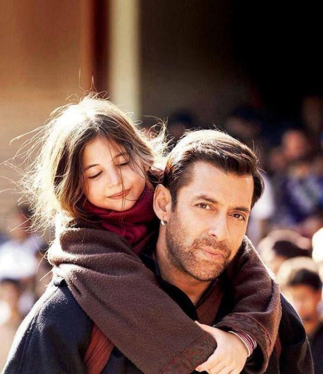 Salman Khan and Harshali Malhotra  Bajrangi Bhaijaan