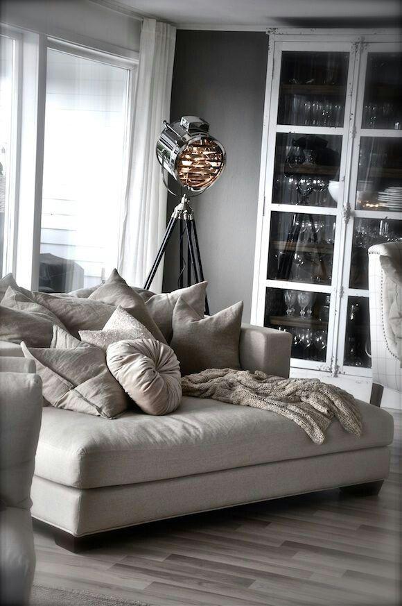 Best 25 Oversized chair ideas on Pinterest  Reading