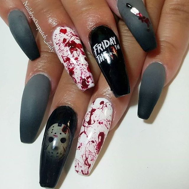25+ best ideas about Goth nails on Pinterest