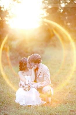 Resultado de imagen para lens flare in wedding