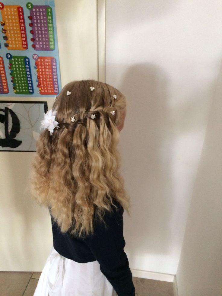 Communie kapsel  Hair  Pinterest