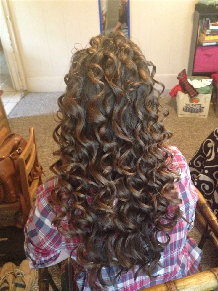 17 Best Ideas About Curling Wand Curls On Pinterest Easy