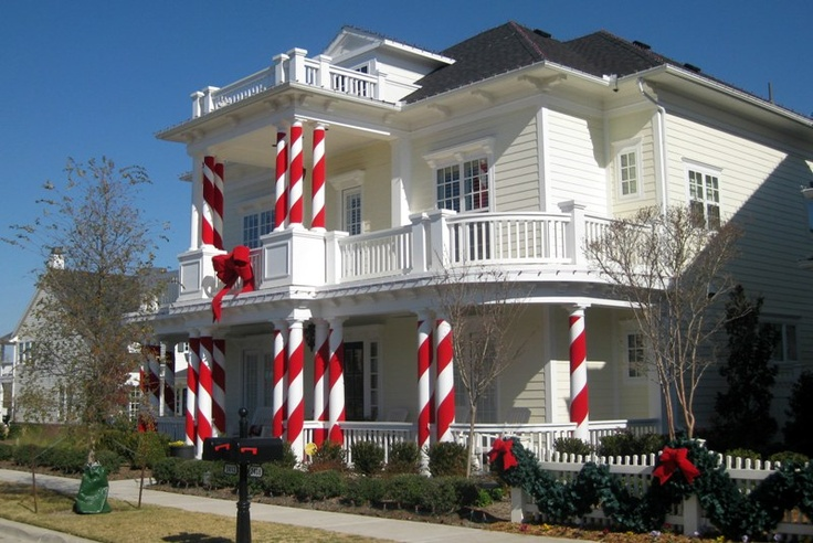 What Better Idea For White Columns Than To Turn Them Into