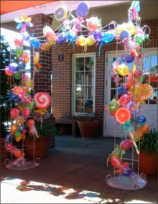 gobstopper willy wonka balloon | … balloons with ribbon ties to separate the candies  super fun