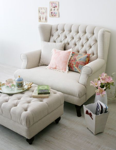 17 Best ideas about Big Comfy Chair on Pinterest  Oversized chair Cozy chair and Comfy reading