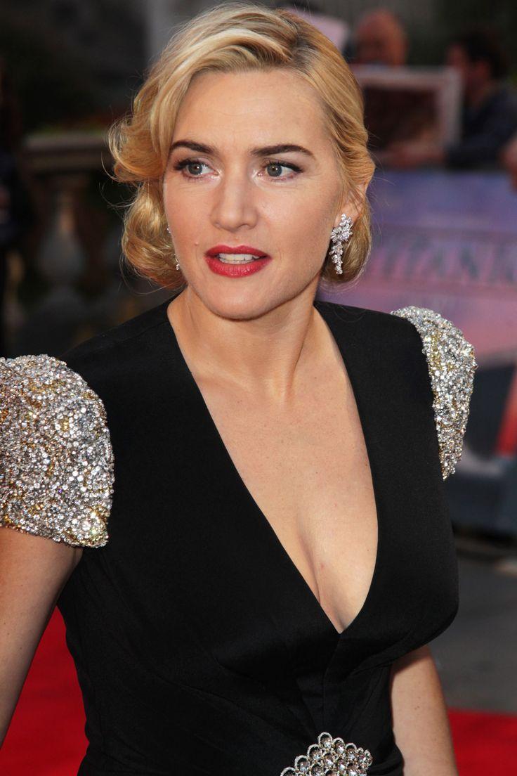 Kate Winslet Elegant Cleavage  Celebrity Cleavage In
