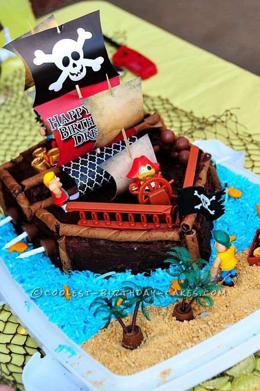 241 Best Images About Cakes For Boys On Pinterest