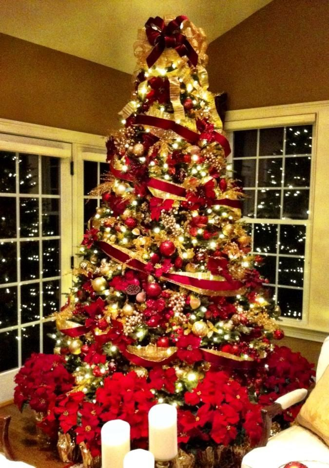 decoracion de navidad rojo con dorado red christmas treeschristmas evechristmas decorationschristmas