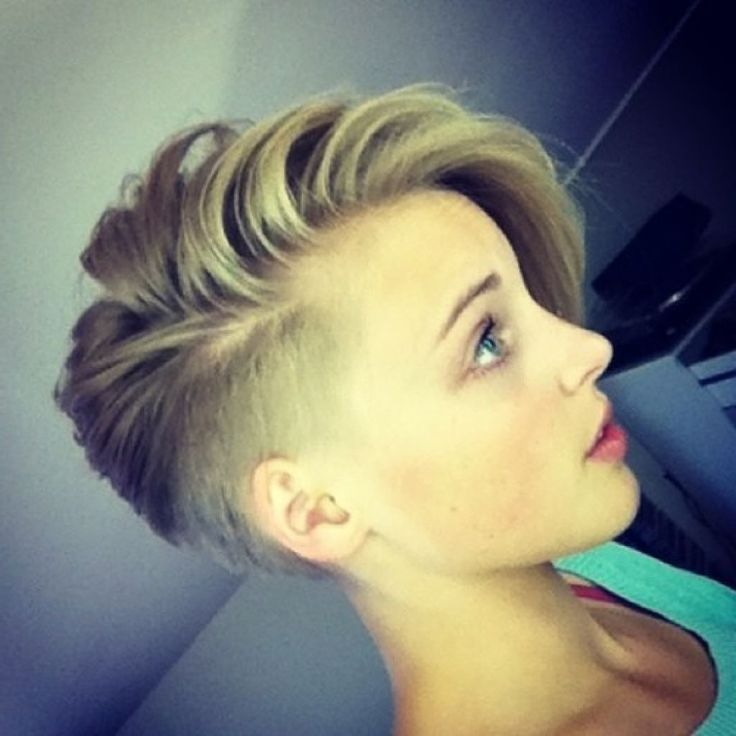 25 Best Ideas About Shaved Side Hairstyles On Pinterest Shaved